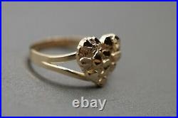 10K Solid Yellow Gold Diamond Cut Nugget Heart Shape Ring. Size 7
